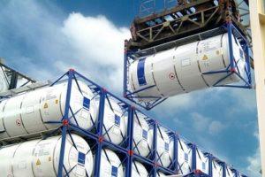 Перевозки по России в танк-контейнерах
