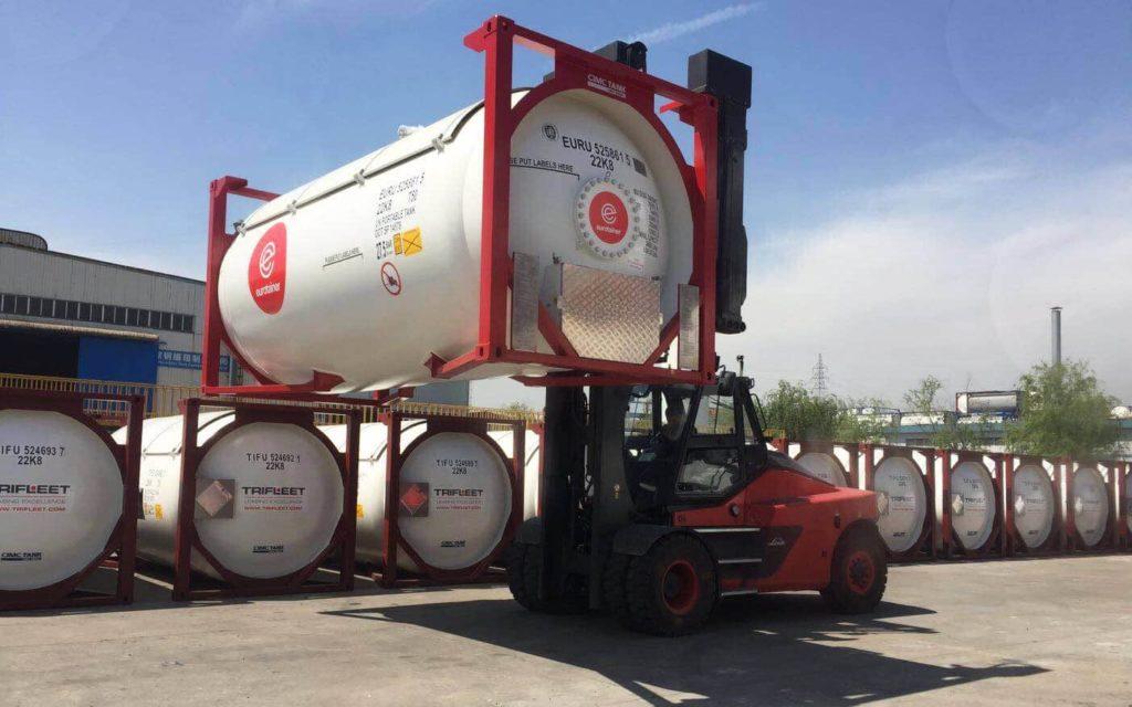 Картинка доставка щелочи в танк-контейнере